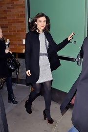 Keira's suede ruby shoes were a classic choice for cold-weather dressing.