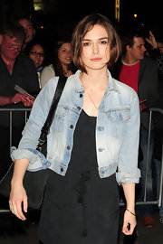 Keira Knightley completed her casual look with a simple gold bangle.