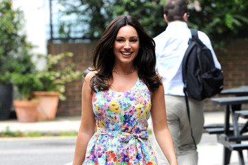 Kelly Brook Rocks The Ultimate Summery Dress
