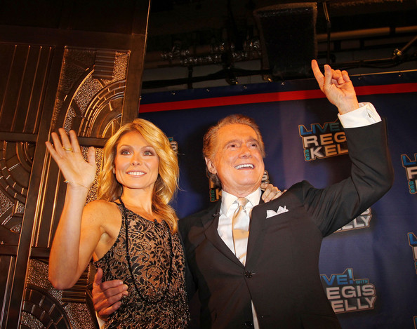 The Cast says Goodbye to Regis Philbin