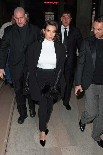 More Pics of Kim Kardashian Fur Clutch (4 of 22) - Kim Kardashian Lookbook - StyleBistro