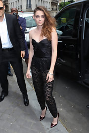 To top off her super daring look, Kristen opted for hand-beaded, sheer, silk pants.