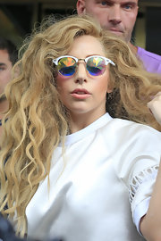 Lady Gaga brought out her retro side with these reflective round sunglasses.