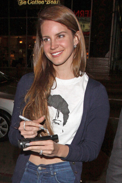 Lana Del Rey Long Straight Cut