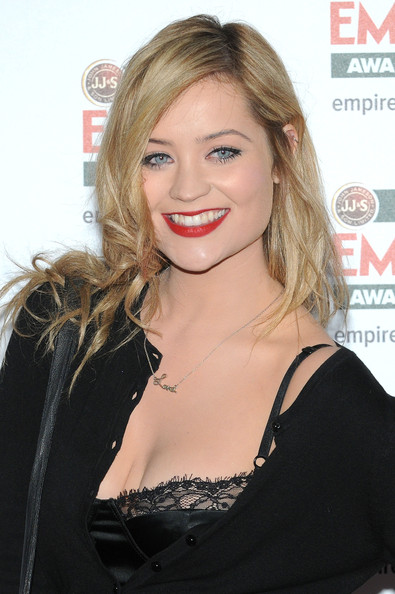 Laura Whitmore Long Side Part []