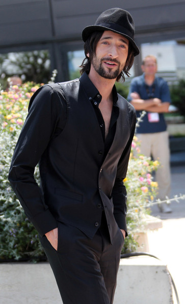 More Pics of Adrien Brody Fedora (1 of 14) - Adrien Brody Lookbook - StyleBistro