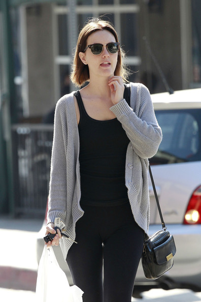 Leighton Meester Picks Up Lunch