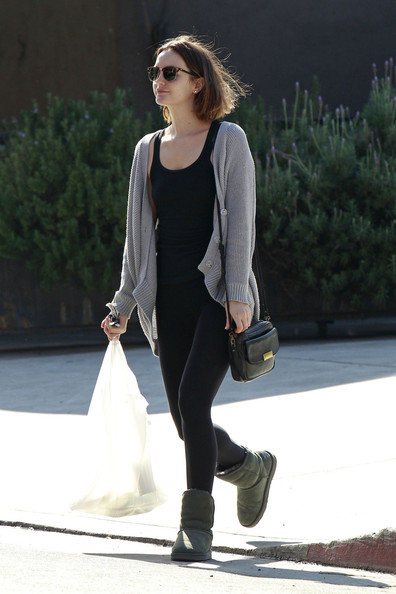 More Pics of Leighton Meester Leather Messenger Bag (5 of 18) - Leighton Meester Lookbook - StyleBistro