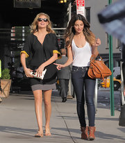 Lily Aldridge kept it laid-back in studded flat boots, skinny jeans, and a tank top while out and about in NYC.