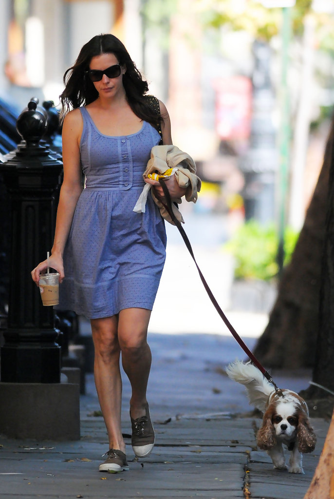 Liv Tyler Canvas Shoes Liv Tyler Casual Shoes Looks