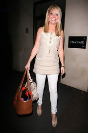 Liz Mcclarnon really loves her skinnies, and it's easy to see why. They look great on her.