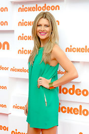 Natalie Bassingthwaighte styled her Kid's Choice Awards look with a gold cuff bracelet.