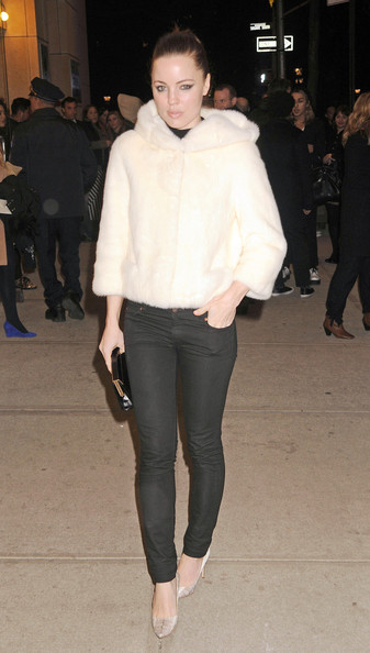 """Jill Hennessy attending the HBO Hosts the Premiere of """"Girls"""" Season 2 at the NYU Skirball Center in New York City"""