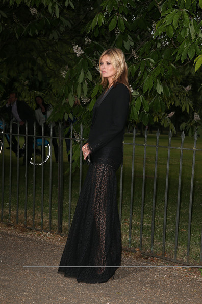 More Pics of Kate Moss Evening Dress (1 of 2) - Kate Moss Lookbook - StyleBistro