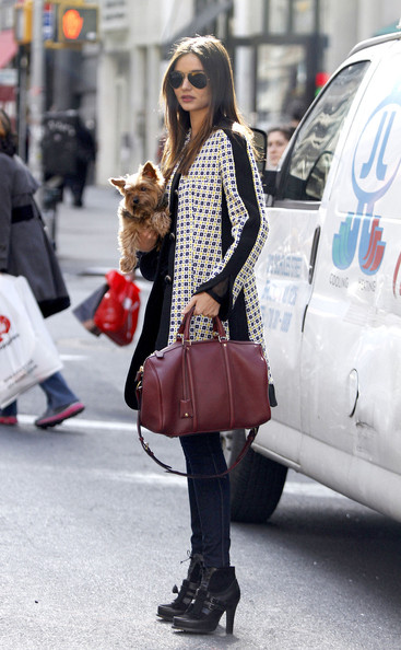 http://www3.pictures.stylebistro.com/pc/Miranda+Kerr+spotted+out+New+York+City+Yorkshire+0yhJpGWN12Sl.jpg