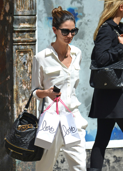 Lily Aldridge was spotted out shopping in New York City carrying a stylish black Givenchy tote.