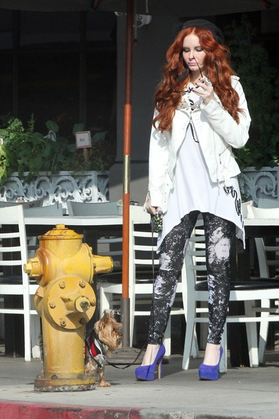More Pics of Phoebe Price Skinny Pants (1 of 6) - Skinny Pants Lookbook - StyleBistro