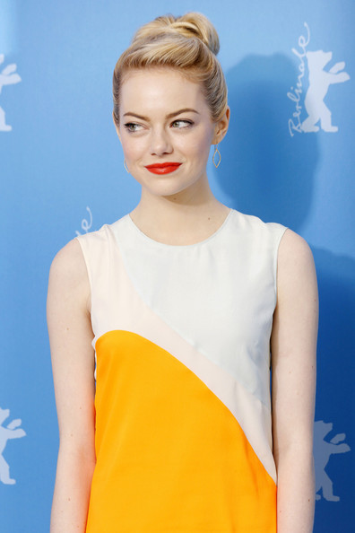 More Pics of Emma Stone Cocktail Dress (4 of 7) - Emma Stone Lookbook - StyleBistro