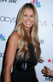 Elle MacPherson wore her ultra-long hair parted down the center and in soft waves at Macy's Fashion Star celebration.