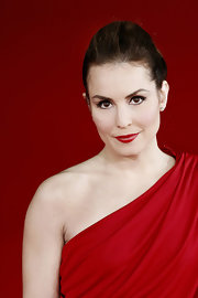 Noomi Repace enhanced her eyes with a lovely, retro application of black liquid liner at the Rome Film Festival.