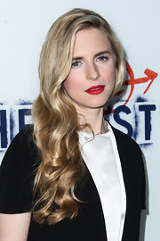 To add to her glam red carpet look, Brit chose a classic bold red lip.