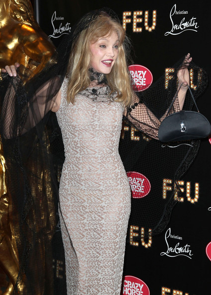 More Pics of Arielle Dombasle Evening Dress (3 of 9) - Arielle Dombasle Lookbook - StyleBistro