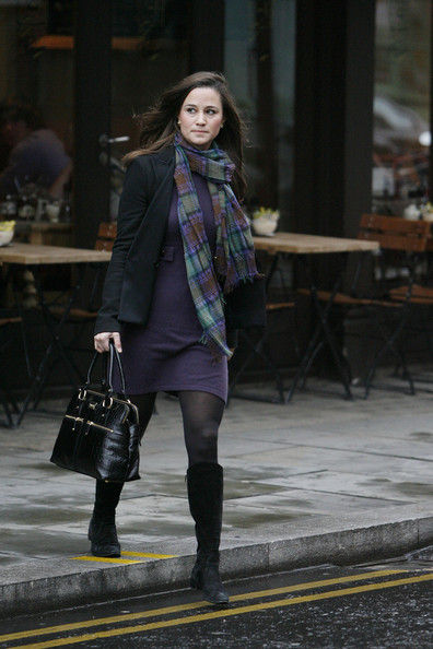 Pippa Middleton Patterned Scarf