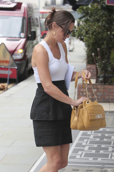 Pippa Middleton Chain Strap Bag []