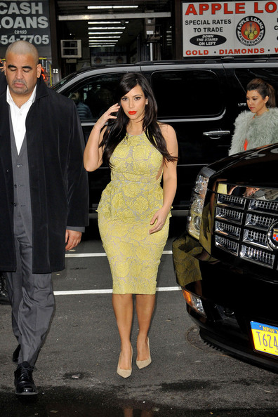 More Pics of Kim Kardashian Cocktail Dress (5 of 6) - Kim Kardashian Lookbook - StyleBistro