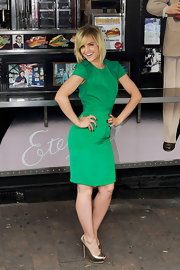 Mena Suvari wore this cute green dress to the 'American Pie' reunion.
