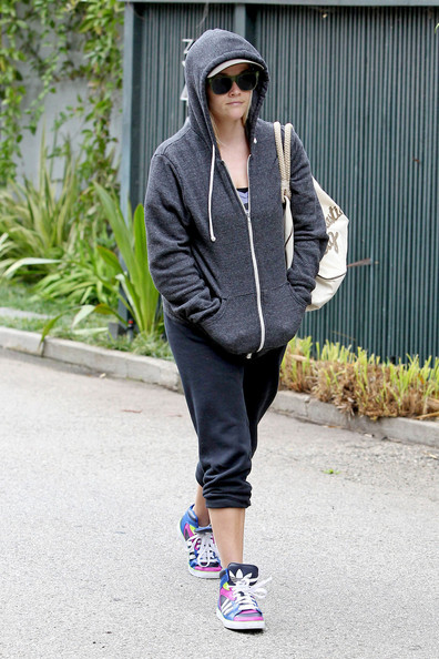 More Pics of Reese Witherspoon Zip-up Jacket (5 of 12) - Zip-up Jacket Lookbook - StyleBistro