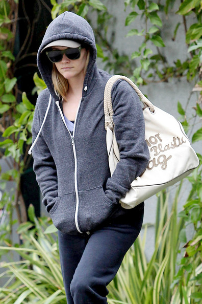 More Pics of Reese Witherspoon Zip-up Jacket (2 of 12) - Zip-up Jacket Lookbook - StyleBistro