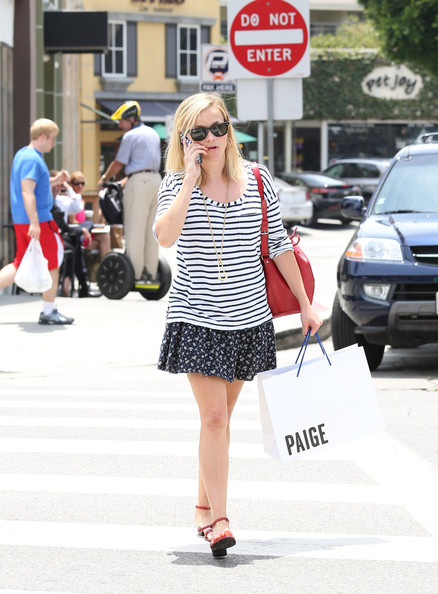 More Pics of Reese Witherspoon Print Blouse (1 of 23) - Tops Lookbook - StyleBistro
