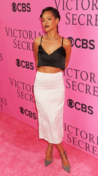 More Pics of Rihanna Long Skirt (1 of 15) - Long Skirt Lookbook - StyleBistro