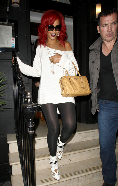 More Pics of Rihanna Leather Tote (1 of 4) - Rihanna Lookbook - StyleBistro