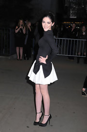 Isabelle Fuhrman attended a screening of 'The Hunger Games' wearing a pair of black pumps embellished with shimmery polka dots  and slim ankle straps.