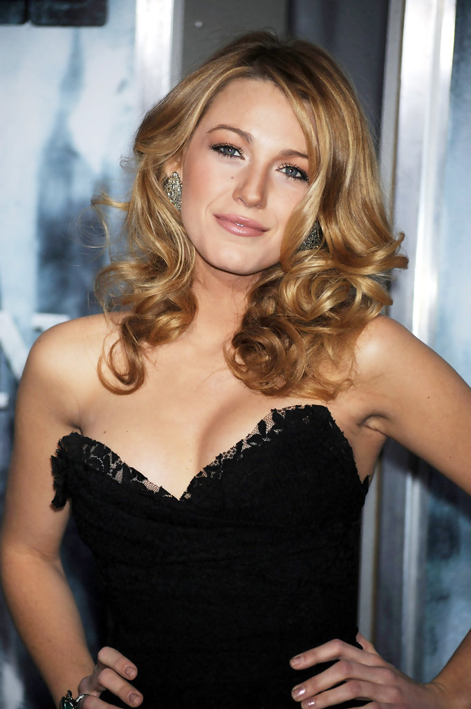 "Blake Lively in a stunning lace black dress at the New York Premiere of ""Sherlock Holmes""."