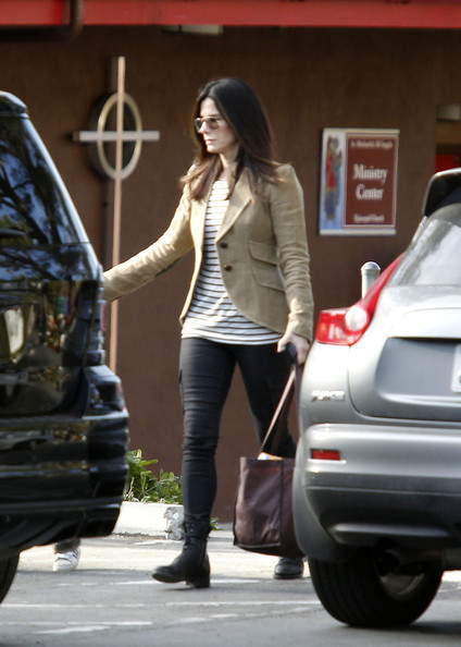 More Pics of Sandra Bullock Blazer (1 of 18) - Sandra Bullock Lookbook - StyleBistro