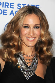 Sarah Jessica Parker showed off her shoulder length curls, while hitting an event in NYC.
