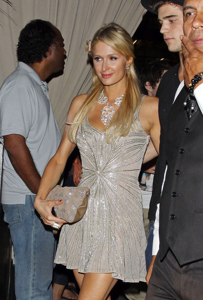 More Pics of Paris Hilton Sequined Clutch (1 of 5) - Clutches Lookbook - StyleBistro