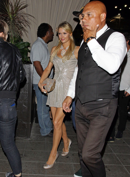More Pics of Paris Hilton Sequined Clutch (2 of 5) - Clutches Lookbook - StyleBistro