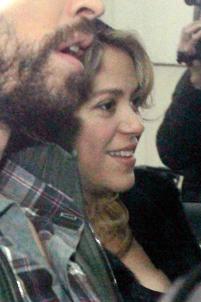 Shakira and Gerard Pique Leave the Hospital
