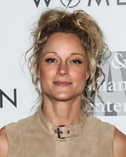 Teri Polo looked gorgeous at the Evening with Women gala even with this mussed-up 'do.