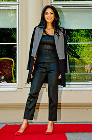 Nicole Scherzinger chose a black leather suit for her look at the auditions of the 'X Factor.'