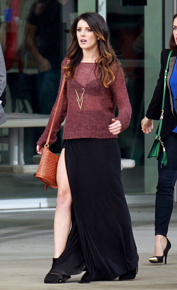 More Pics of Shenae Grimes Long Skirt (1 of 5) - Long Skirt Lookbook - StyleBistro