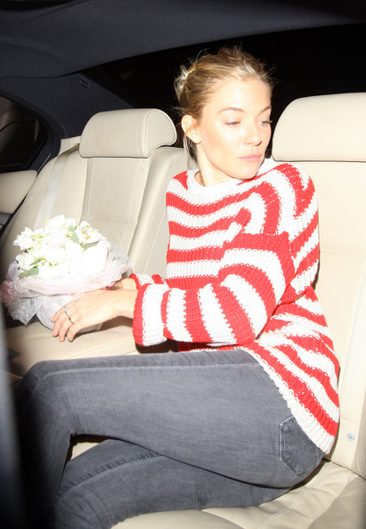 More Pics of Sienna Miller Sweatshirt (1 of 5) - Sienna Miller Lookbook - StyleBistro