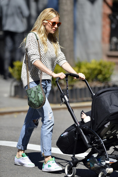 More Pics of Sienna Miller Ripped Jeans (2 of 6) - Sienna Miller Lookbook - StyleBistro