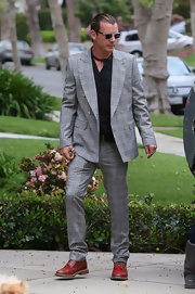 Gavin Rossdale traded in his typical jeans and leather duds for this snazzy plaid suit.
