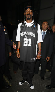 Snoop Dogg wore an oversize Spurs jersey.