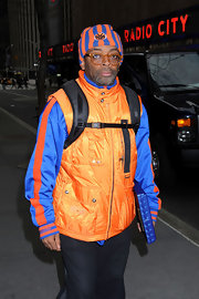 Spike Lee shows off some team pride, while also staying warm in this New York Knicks hat.